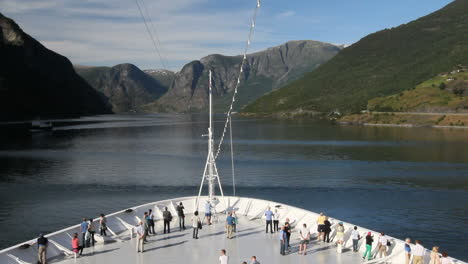 Norway-tourists-on-a-ship-in-Aurlandsfjord-c