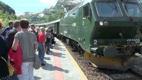 Norway-Flam-train-upper-station-s