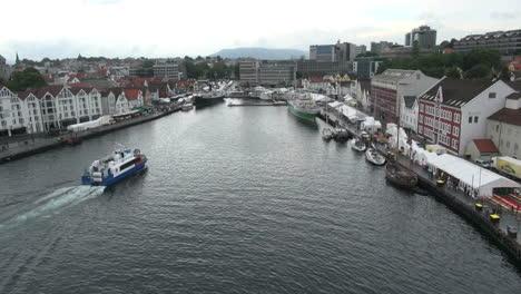 Norway-Stavanger-inner-harbor-boat