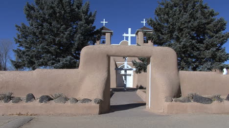 New-Mexico-Rancho-de-Taos-church