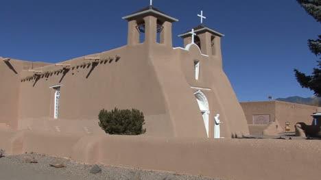Nuevo-Mexico-Rancho-De-Taos-Church-2