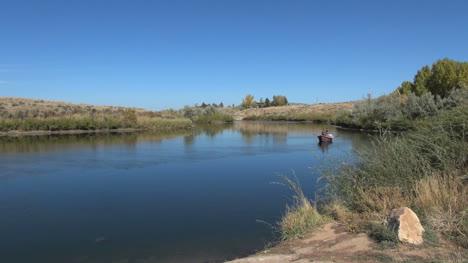 Wyoming-boat-on-the-North-Platt-River