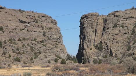 Puerta-Del-Diablo-De-Wyoming-En-El-Sendero-De-Oregon