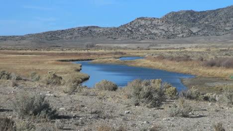 Wyoming-Sweetwater-River-near-Split-Rock