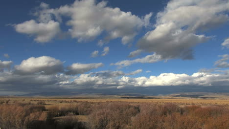 Paisaje-De-Wyoming-Con-Nubes