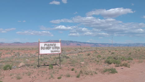 Arizona-no-litter-sign