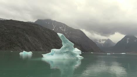Fiordo-De-Hielo-De-Groenlandia-Cielo-Gris-S