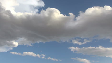 Rolling-time-lapse-clouds
