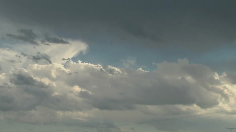 Clouds-before-a-storm