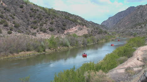 New-Mexico-Rio-Grande-rafts-p