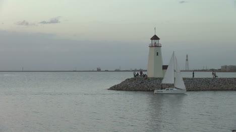 Oklahoma-Lake-Hefner-sailboat-sunset-s