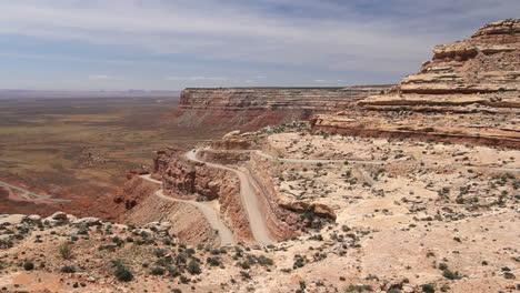 Utah-Road-up-Cedar-Mesa-time-lapse