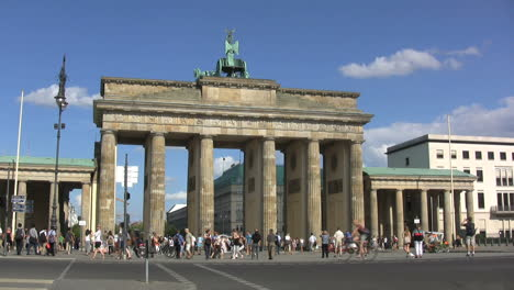 Berlin-Brandenburger-Tor-rear