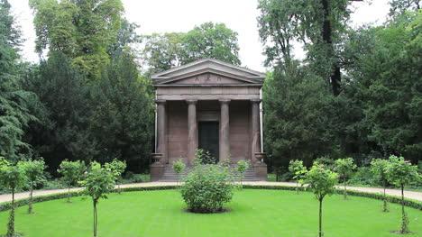 Berlin-Schlosspark-Mausoleum