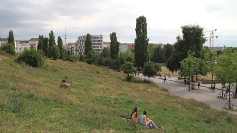 Berlin-Mauerpark-grassy-hill-under-grey-sky