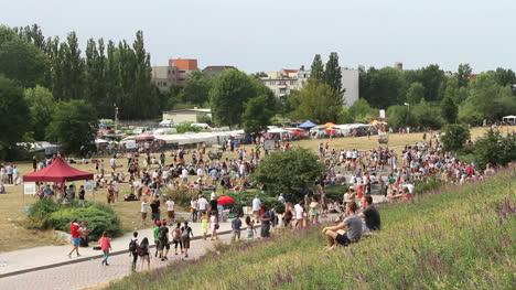 Germany-Berlin-Mauerpark-Flea-Market-and-pedestrian-traffic