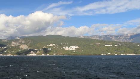 Ukraine-Crimean-coast-near-Yalta