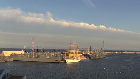 Romania-Constanta-harbor-ships-and-cloud-bank-cx