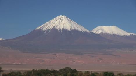 Atacama-Licancabur-Volcano-with-snow-on-summit