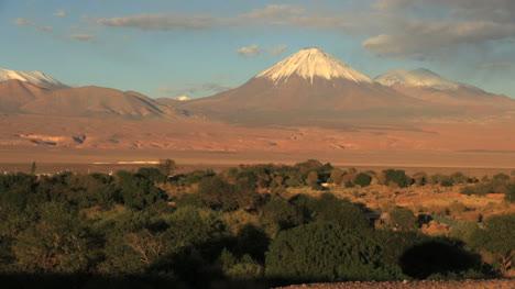 San-Pedro-de-Atacama-oasis-in-golden-light-s