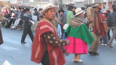 La-Paz-fiesta-couple-dancing-c