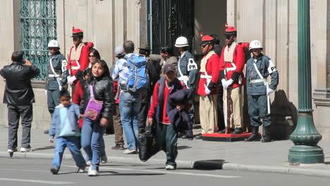 La-Paz-guards-and-family-c