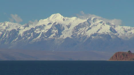 Bolivia-Lake-Titicaca-&-Andes