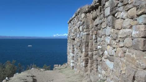 Bolivia-Island-of-Sun-at-Pilkokaina