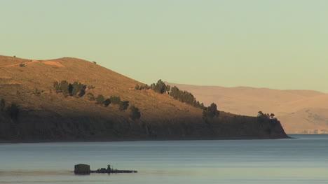 Bolivia-hills-around-Lake-Titicaca-s