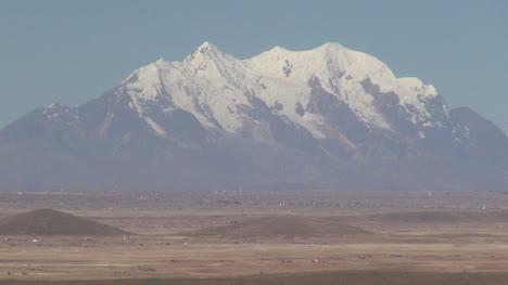 Bolivia-altiplano-volcano-s