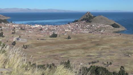 Bolivia-Copacabana-town-view