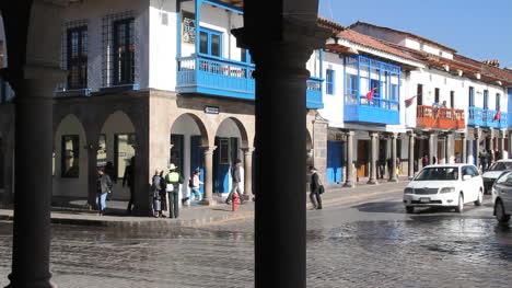 Cusco-traffic-wtih-red-car-c