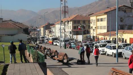 Cusco-traffic-girls-in-red-c