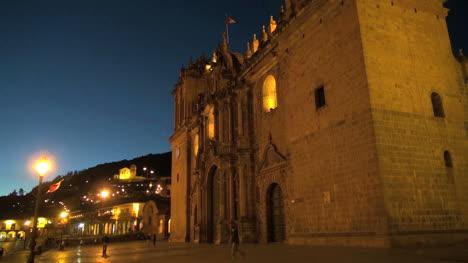 Cusco-Catedral-De-Noche