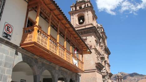 Cusco-church-and-windows-c