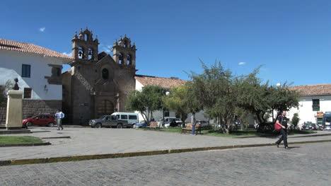 Cusco-church-and-street