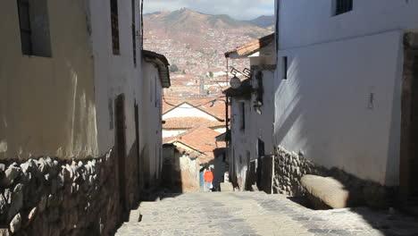 Cusco-street-c
