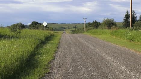 Canada-Alberta-road-in-grassland-s