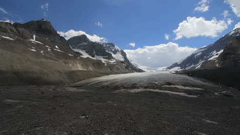 Canadian-Rockies-Athabasca-Glacier-wide-view
