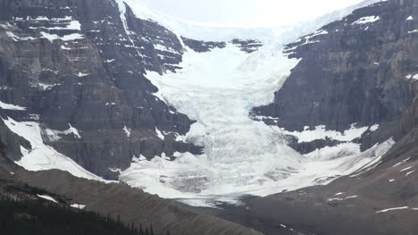 Canada-Columbia-icefield-snow-and-ice-on-slope-s