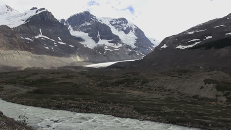 Canada-Icefields-Parkway-Athabasca-Glacier-&-river-with-cloudy-sky-s