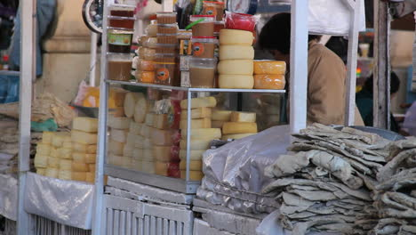 Cusco-market-cheese-for-sale-c