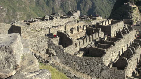 Machu-Picchu-detail-of-ruins