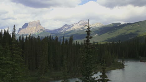 Canada-Alberta-Bow-River-and-Mount-Castle