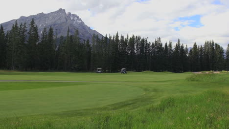 Canada-Banff-Springs-golf-course-view