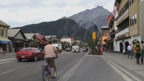 Canada-Alberta-Banff-street-scene-with-trailer-and-bikes