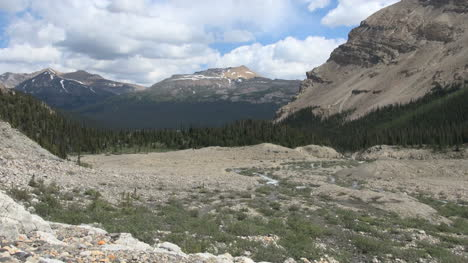 Canada-Icefields-Parkway-view-from-Bow-Falls