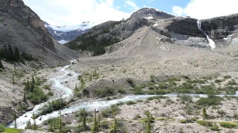 Canadian-Rockies-Banff-Bow-Glacier-Falls