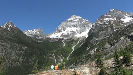 British-Columbia-Glacier-NP-Mt-Sir-McDonald-and-tourists