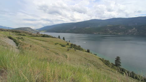 British-Columbia-Kalamaka-Lake-Okanagan-with-boat